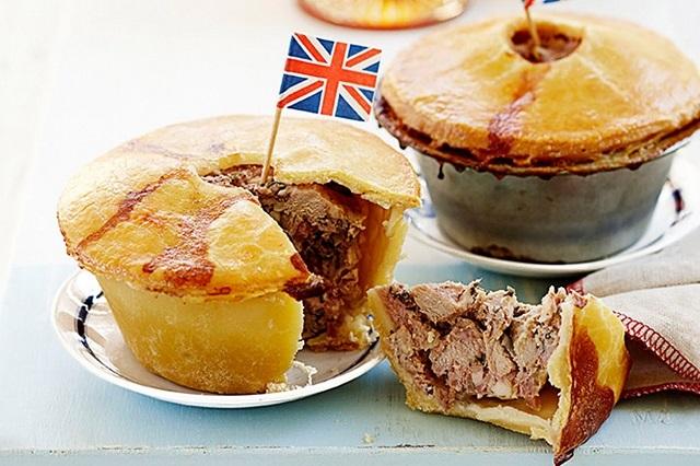 Pork pie món bánh nổi tiếng ở London