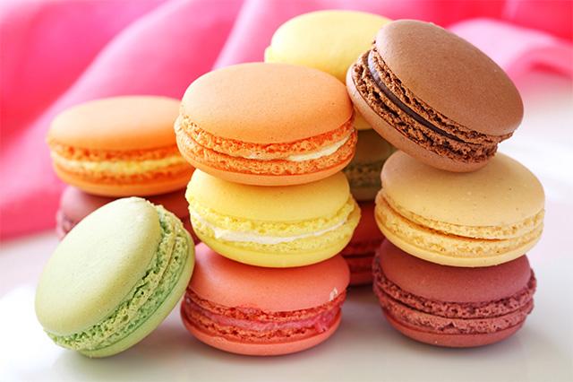 Bánh Macaron với nhiều màu sắc và hương vị khác nhau